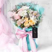 Beautiful Floral Gift Suggestion for your lovely people!!!